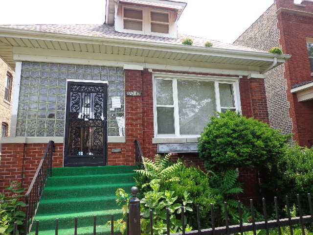 9041 S Loomis St., Chicago, IL 60620