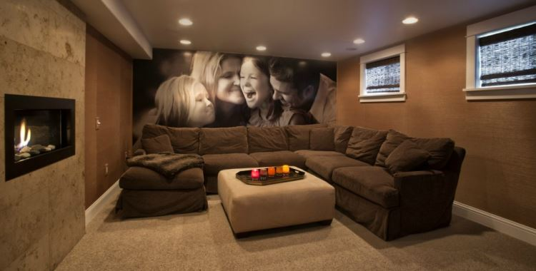 Mega Family Room
