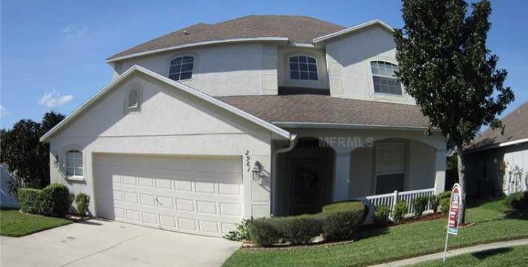 2961 Hickory Grove Dr., Valrico, FL 33596