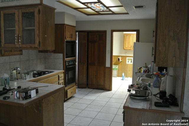 4319 Center Oak Woods St., San Antonio, TX 78249