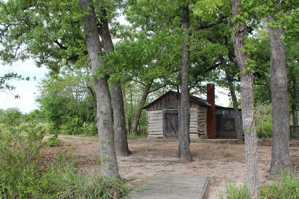 1385 FM 1887, Hempstead, TX 77445