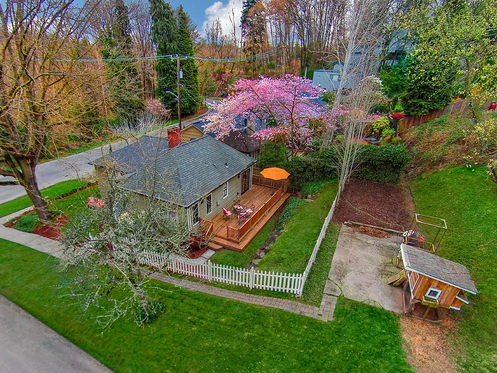 2519 E Highland Dr., Seattle, WA 98112