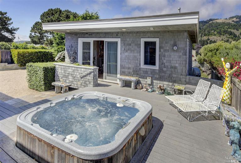 164 Seadrift Rd., Stinson Beach, CA 94970