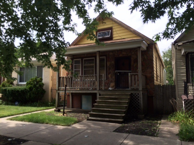 6810 S Bell Ave., Chicago, IL 60636