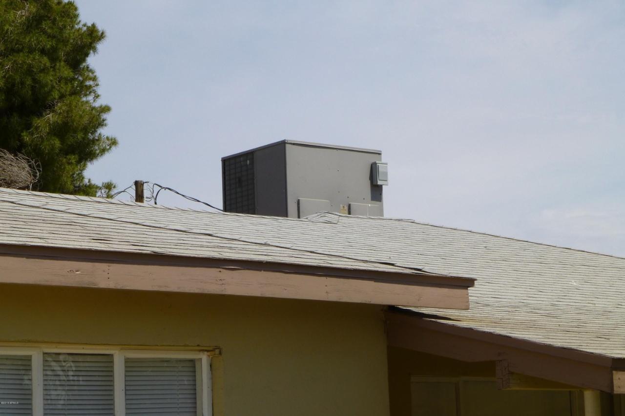 8621 N 27th Dr., Phoenix, AZ 85051