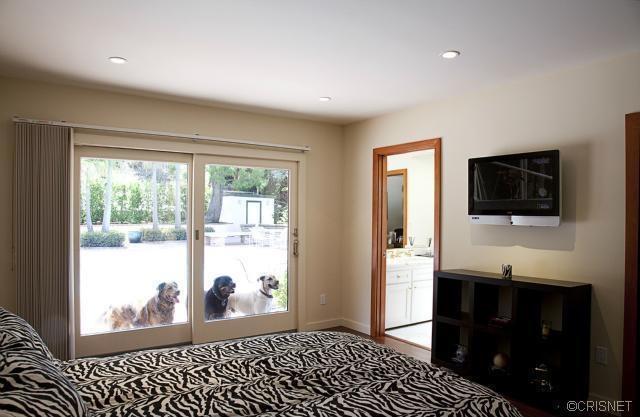 9903 Kip Dr., Beverly Hills, CA 90210