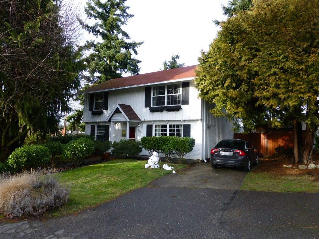 2327 192nd Place SW, Lynnwood, WA 98036