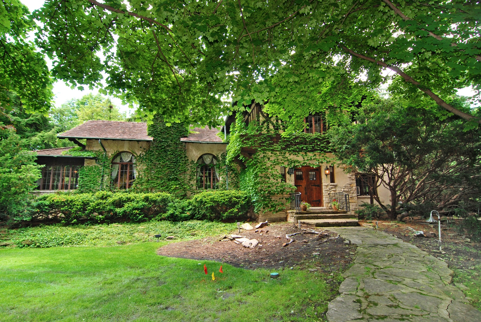 846 Ashland Ave., River Forest, IL 60305