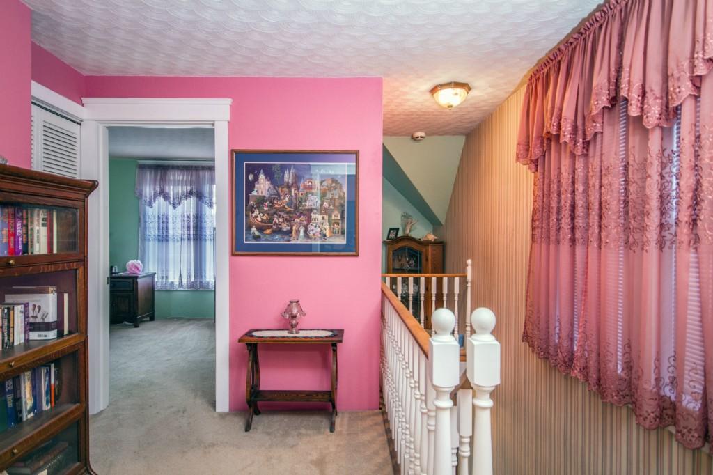 300 N Oak St., Burlington, WA 98233