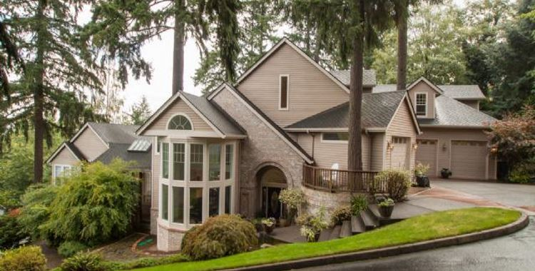 1471 Woodland Terrace, Lake Oswego, OR 97034